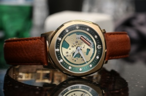 Bulova-Accutron-II-Alpha-Watch-4
